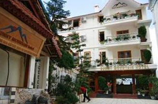 Khách sạn Sunny Mountain Sapa - 3 Sao